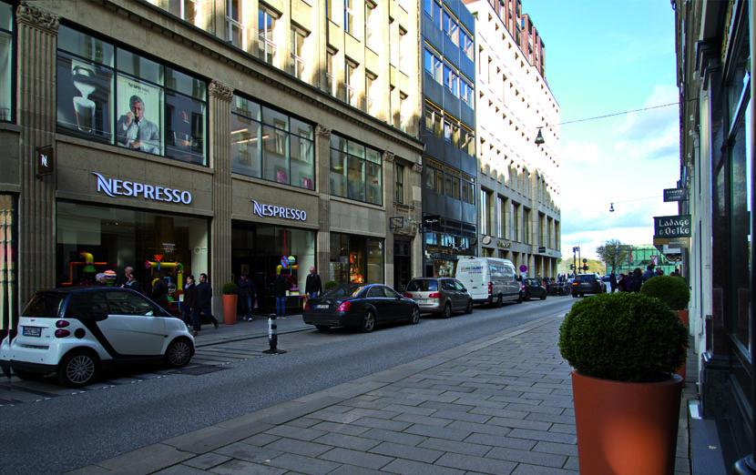 strasse-jungfernstieg-hamburg-binnenalster