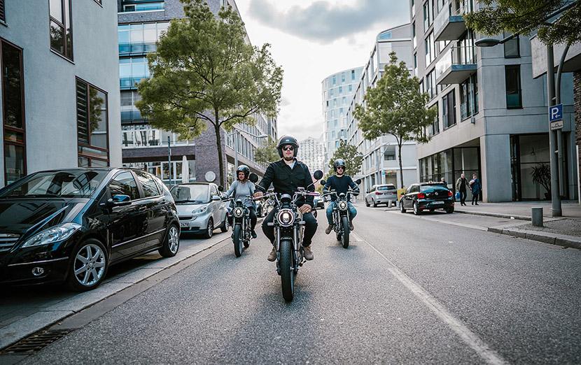 Kutten Tours - Hafencity mit e-Mopeds entdecken