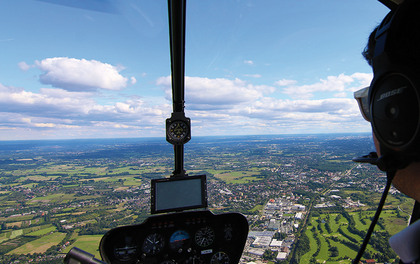 hamburg-rundfluege-helikopter-cockpit