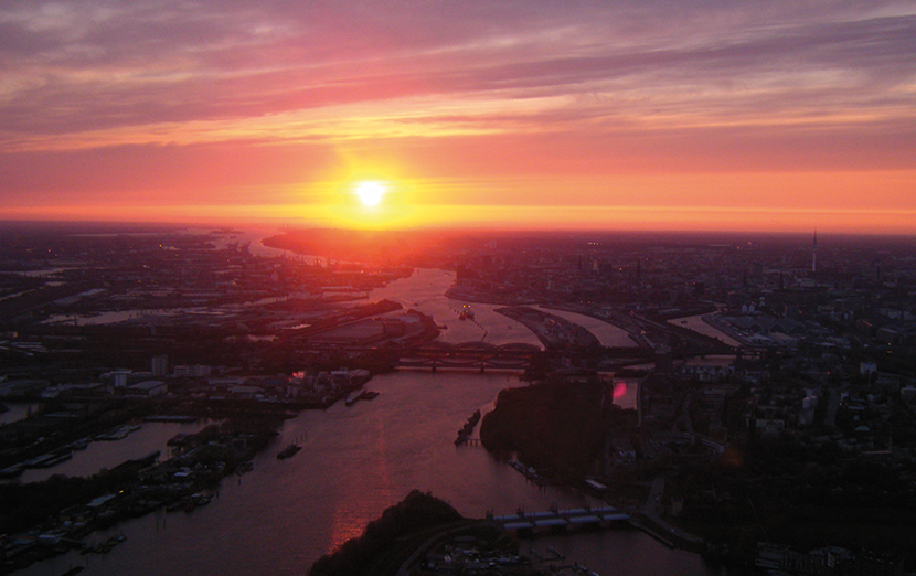 hamburg-rundfluege-helikopter-late-night-sonnenuntergang