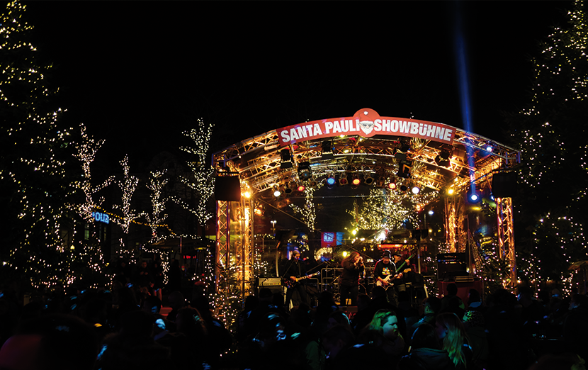 santa-pauli-weihnachtsmarkt-hamburg-menge